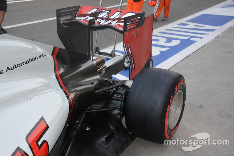Heckflügel, Haas F1 Team VF-16