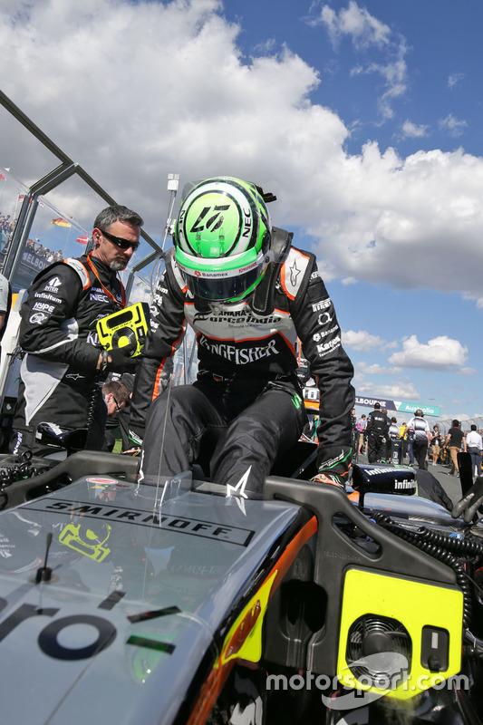 Nico Hulkenberg, Sahara Force India F1 VJM09 op de grid