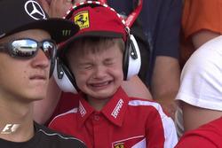 El niño que lloró desconsolado tras el abandono de Raikkonen