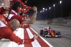 Yarış galibi Sebastian Vettel, Ferrari SF70H