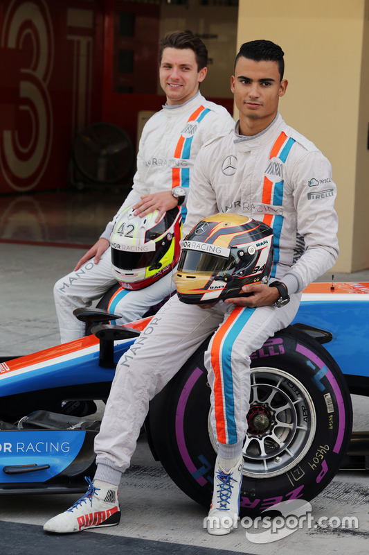 Pascal Wehrlein, Manor Racing and Jordan King, Manor Racing pilotod de desarrollo en una fotografía