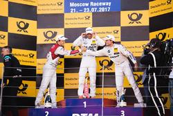 Подіум: Маро Енгель, Mercedes-AMG Team HWA, Mercedes-AMG C63 DTM, друге місце Маттіас Екстроьм, Audi