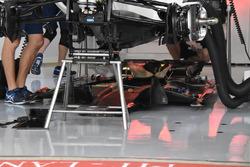 Днище Williams FW40