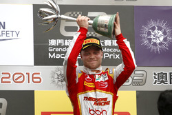 Podium: 2. Felix Rosenqvist, SJM Theodore Racing by Prema, Dallara Mercedes