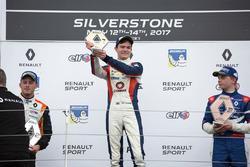 Podio: il vincitore della gara Will Palmer, R-ace GP, il secondo classificato Henrique Chaves, AVF by Adrian Valles, il terzo classificato Robert Shwartzman, Josef Kaufmann Racing