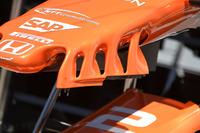 تفاصيل أجنحة أنف سيارة مكلارين