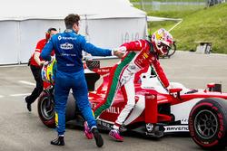 Oliver Rowland, DAMS, ganador de la pole Charles Leclerc, PREMA Powerteam