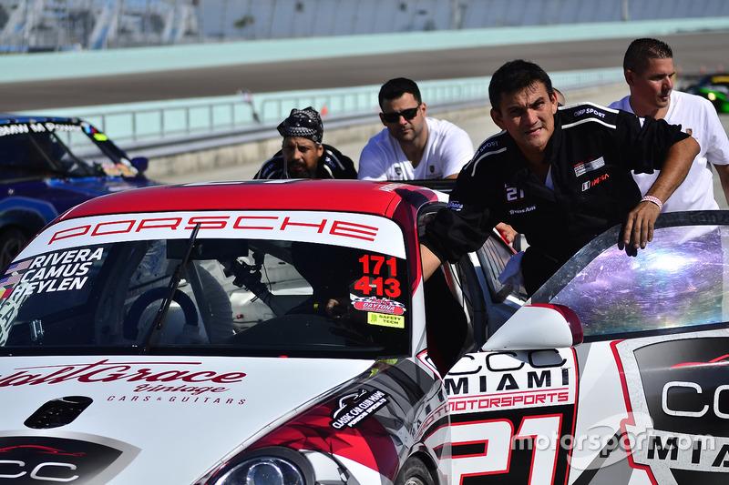 #21 MP2A Porsche GT3 Cup driven by Ari Rivera, Jan Heylen, & Michael Camus of Classic Car Club Miami