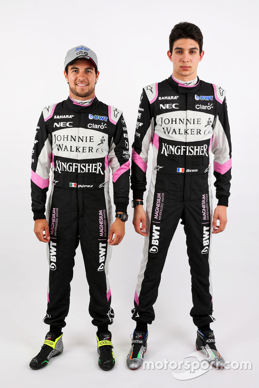 Esteban Ocon, Sahara Force India F1; Sergio Perez, Sahara Force India F1