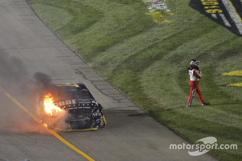 10. Тоні Стюарт, Stewart-Haas Racing