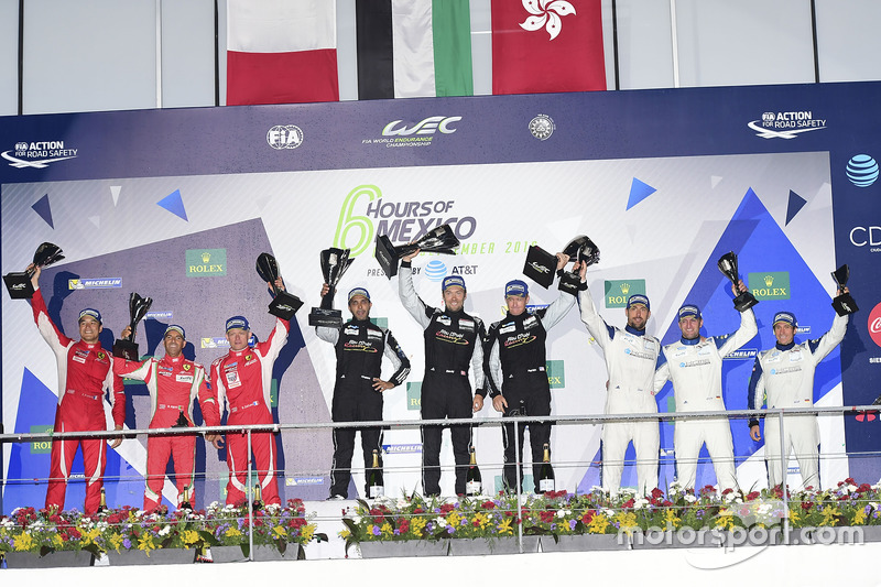 LM GTE Am podium: first place Khaled Al Qubaisi, David Heinemeier Hansson, Patrick Long, Proton Raci