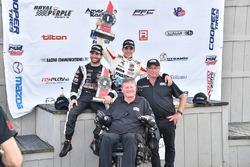 Race winner Santiago Urrutia, Schmidt Peterson Motorsports, second place André Negrao, Schmidt Peterson Motorsports, Sam Schmidt