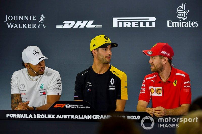 Lewis Hamilton, Mercedes AMG F1, Daniel Ricciardo, Renault F1 Team e Sebastian Vettel, Ferrari, nella conferenza stampa