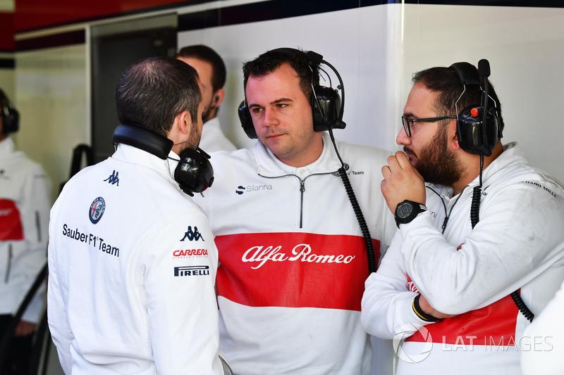 Сотрудники Alfa Romeo Sauber