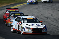 Michael Lewis, #98, Hyundai i30 TCR