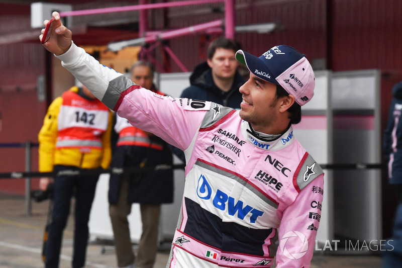 Sergio Perez, Sahara Force India selfie