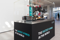 Petronas Global Research & Technology Centre, esposizione