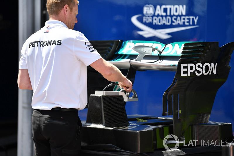 Alerón trasero del W09 de Mercedes