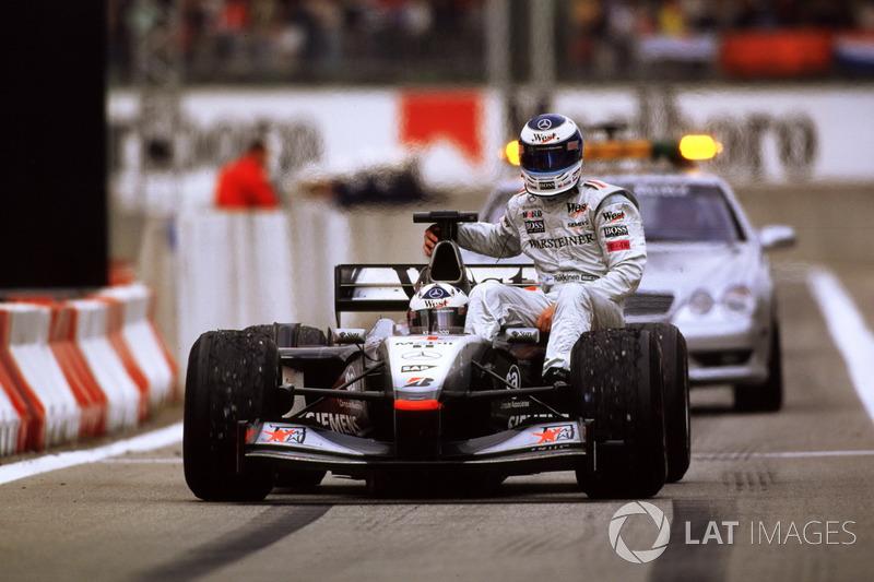 2001 Barcelona: Mika Hakkinen, David Coulthard
