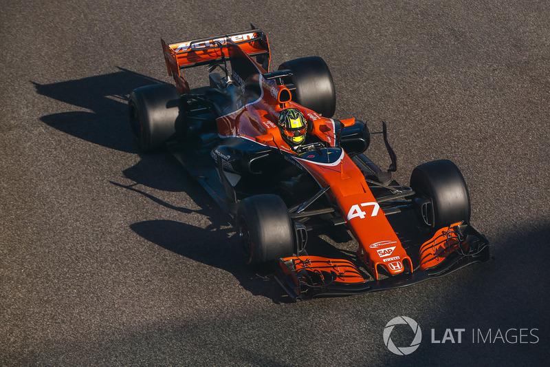 2017. McLaren MCL32 Honda