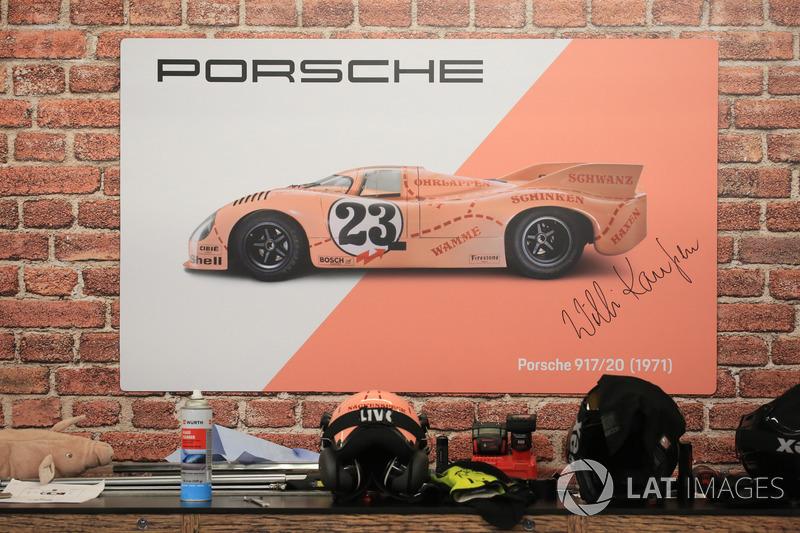 El Porsche 'cerdito rosa'