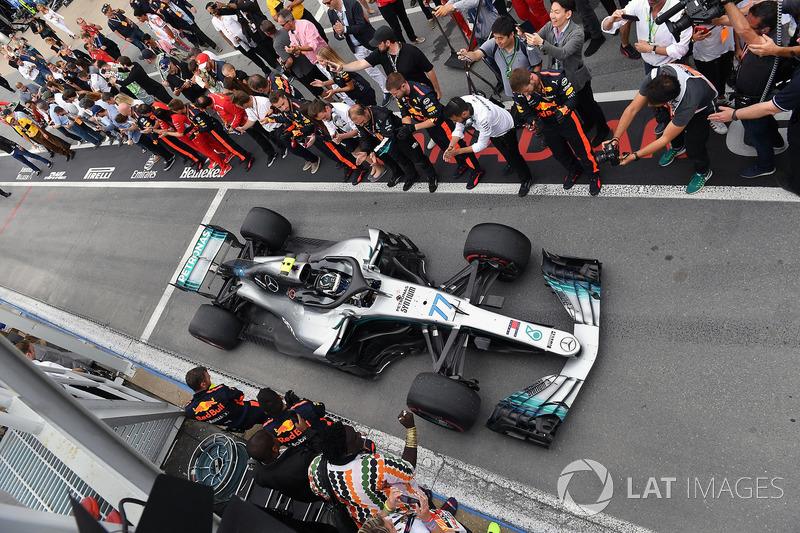 Valtteri Bottas, Mercedes-AMG F1 W09 arrives in parc ferme