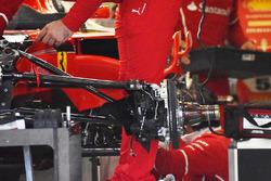 Suspensión delantera en el Ferrari SF70H de Sebastian Vettel