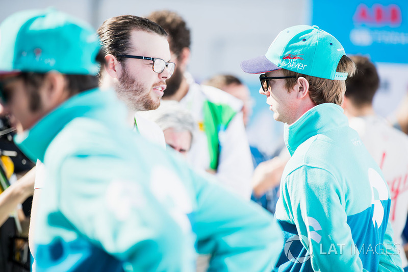Oliver Turvey, NIO Formula E Team, is interviewed by Scott Mitchell of Autosport