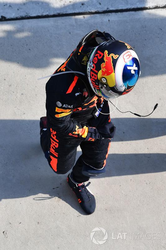 Race winner Daniel Ricciardo, Red Bull Racing celebrates in parc ferme