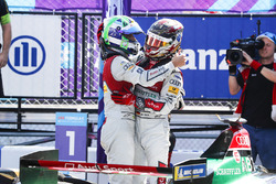 Lucas di Grassi, Audi Sport ABT Schaeffler, Daniel Abt, Audi Sport ABT Schaeffler, festeggiano la vittoria del titolo costruttori