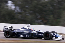 Darren Manning gets his first taste of an F1 car testing the hybrid Williams BMW