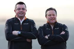 Эрик Булье и Зак Браун, McLaren