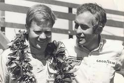 1. Mark Donohue, Penske Racing, mit Roger Penske
