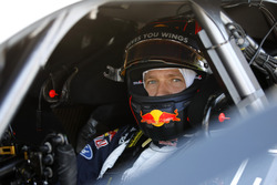Sébastien Ogier bestuurt de Mercedes-AMG C63 DTM