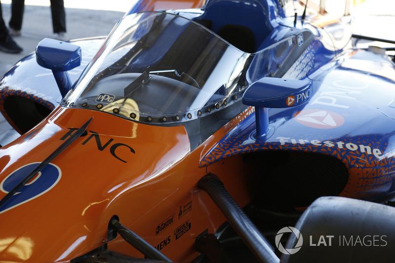 https://cdn-9.motorsport.com/images/mgl/YEMO1ALY/s8/indycar-phoenix-february-testing-2018-scott-dixon-chip-ganassi-racing-honda-tests-the-aero.jpg