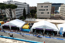 Venturi garages of Edoardo Mortara, Venturi Formula E Team, Maro Engel, Venturi Formula E Team, Jaguar garages of Mitch Evans, Jaguar Racing, Nelson Piquet Jr., Jaguar Racing