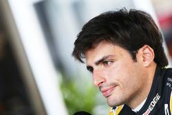 Карлос Сайнс-мол., Renault Sport F1 Team