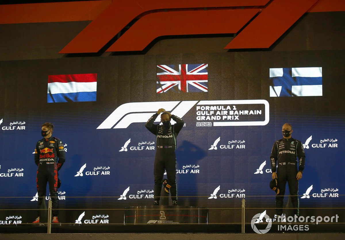 Max Verstappen, Red Bull Racing RB16B 2nd, Lewis Hamilton, Mercedes W12 1st and Valtteri Bottas, Mercedes W12 3rd