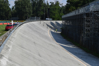 Old Monza banking