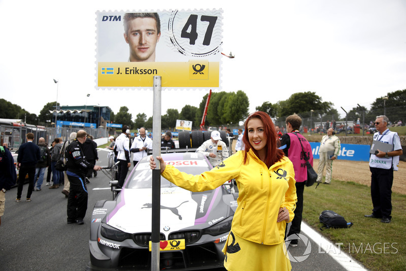 La grid girl di Joel Eriksson, BMW Team RBM