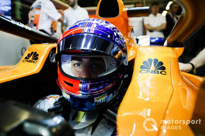 15: Fernando Alonso, McLaren MCL33, 1'37.743