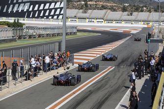 2018/19 Season 5 cars line up in the pit lane starting with Stoffel Vandoorne, HWA Racelab, VFE-05, Robin Frijns, Envision Virgin Racing, Audi e-tron FE05 an Sam Bird, Envision Virgin Racing, Audi e-tron FE05