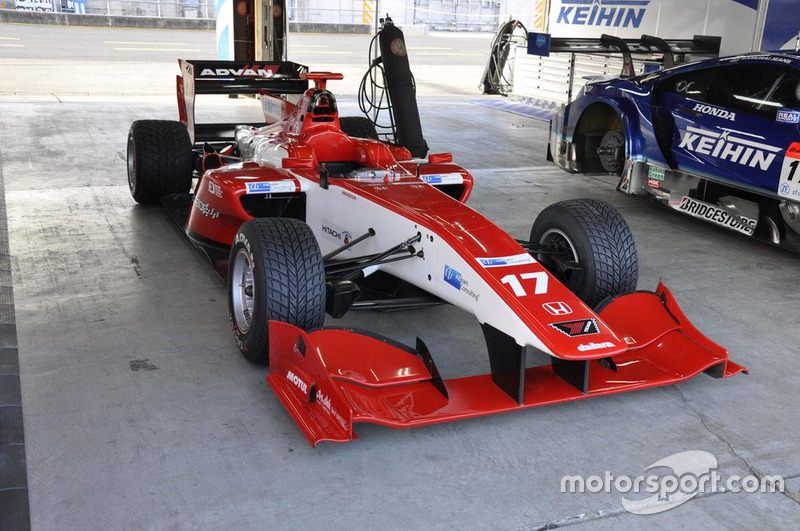 Super Formula van Real Racing