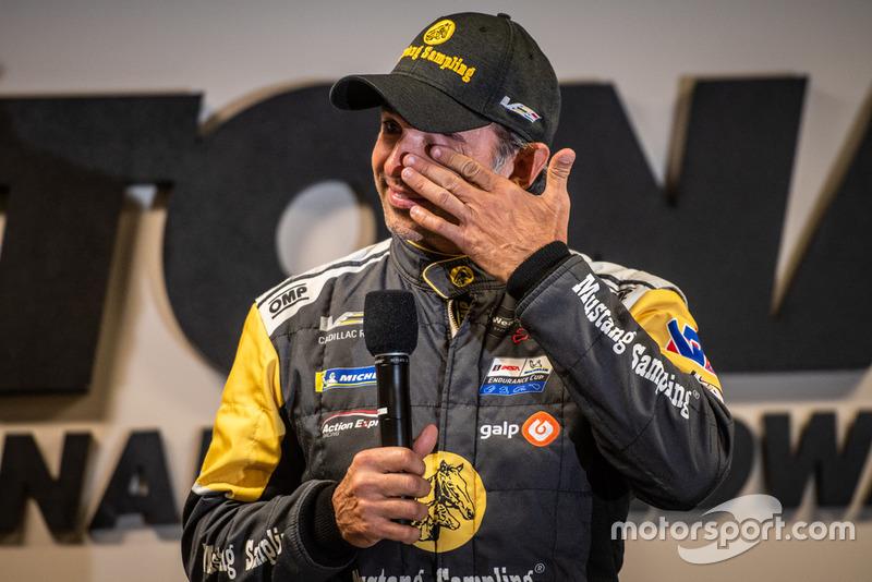 Homenagem a Christian Fittipaldi antes das 24 Horas de Daytona