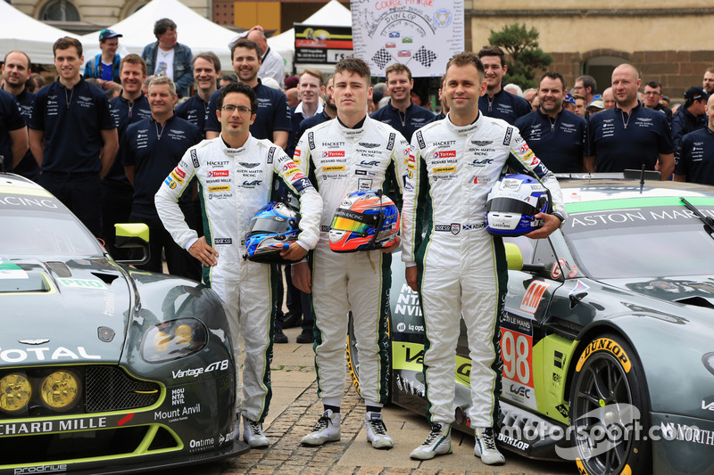 #97 Aston Martin Racing Aston Martin Vantage: Річі Стеневей, Фернандо Ріс, Джонатан Адам