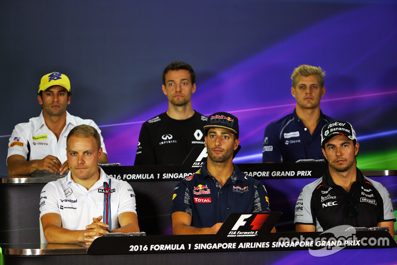 The FIA Press Conference (from back row (L to R)): Felipe Nasr, Sauber F1 Team; Jolyon Palmer, Renault Sport F1 Team; Marcus Ericsson, Sauber F1 Team; Valtteri Bottas, Williams; Daniel Ricciardo, Red Bull Racing; Sergio Perez, Sahara Force India F1