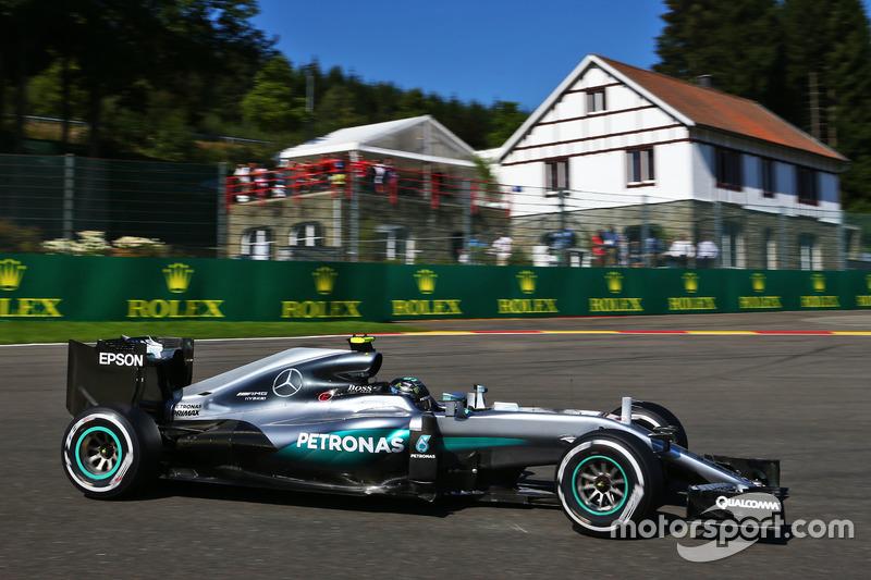 1. Nico Rosberg, Mercedes AMG F1 W07 Hybrid