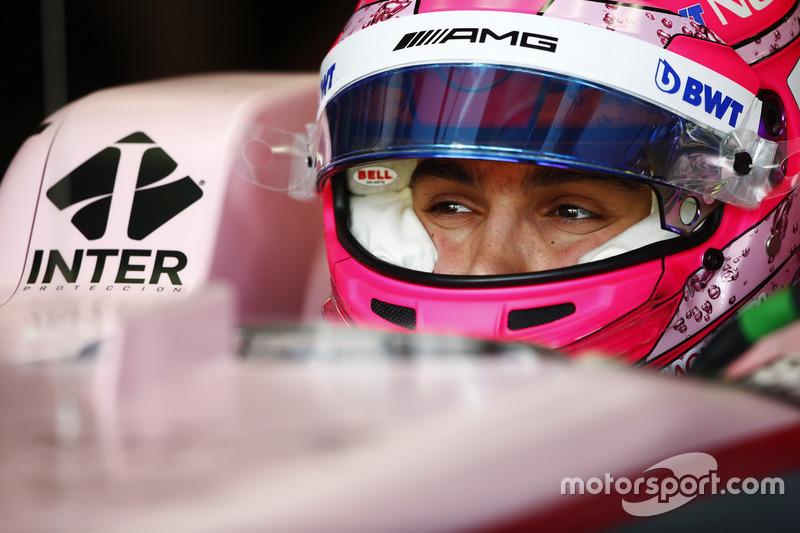 Casco de Esteban Ocon, Sahara Force India F1