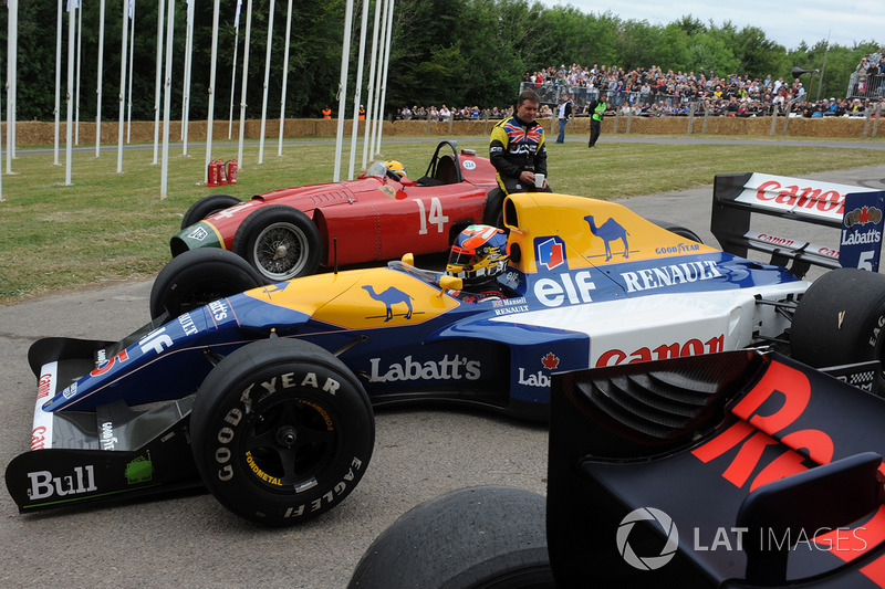 Williams FW14B Karun Chandhok