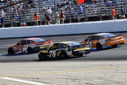 Daniel Suárez, Joe Gibbs Racing Toyota, Martin Truex Jr., Furniture Row Racing Toyota,, Clint Bowyer, Stewart-Haas Racing Ford